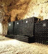 выдерживание и хранение вин в пещерах во Франции